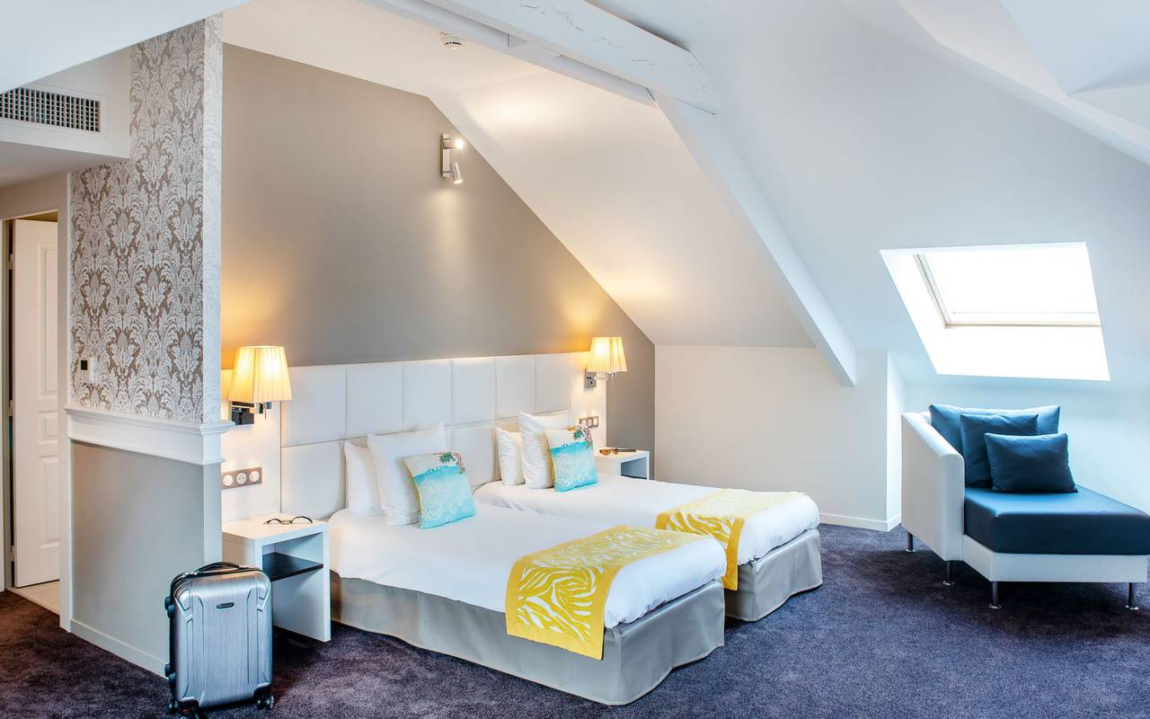 Charming room, 4-star hotel Lourdes, Hôtel Gallia Londres