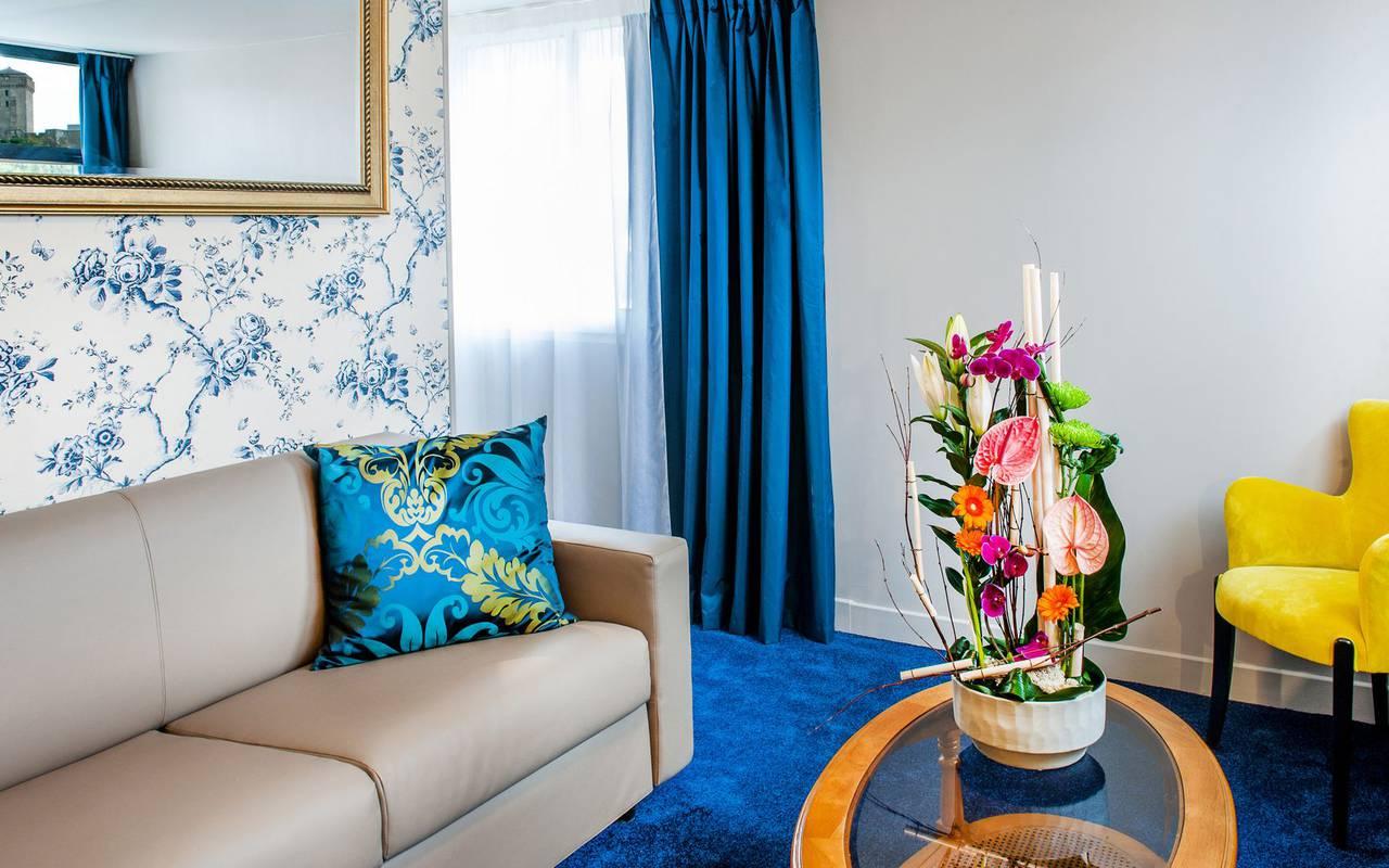 Bedroom with sitting area, 4-star hotel Lourdes, Hôtel Gallia Londres