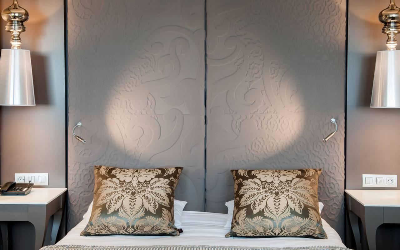 Design bed, 4-star hotel Lourdes, Hôtel Gallia Londres
