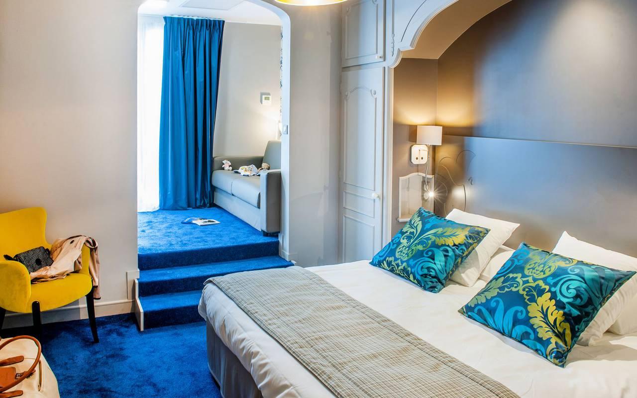 Comfortable bed, 4-star hotel Lourdes, Hôtel Gallia Londres