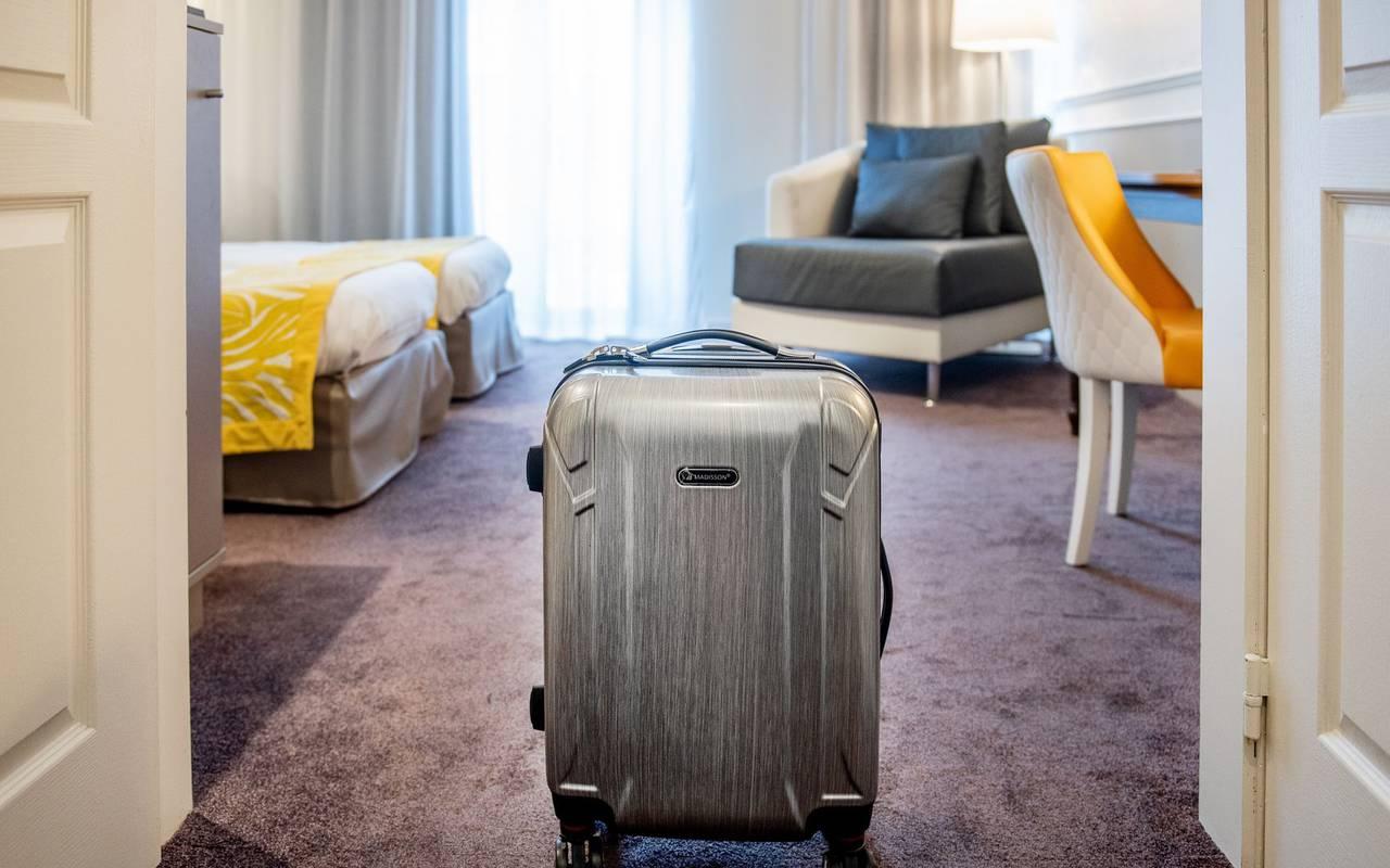 Suitcase, 4-star hotel Lourdes, Hôtel Gallia