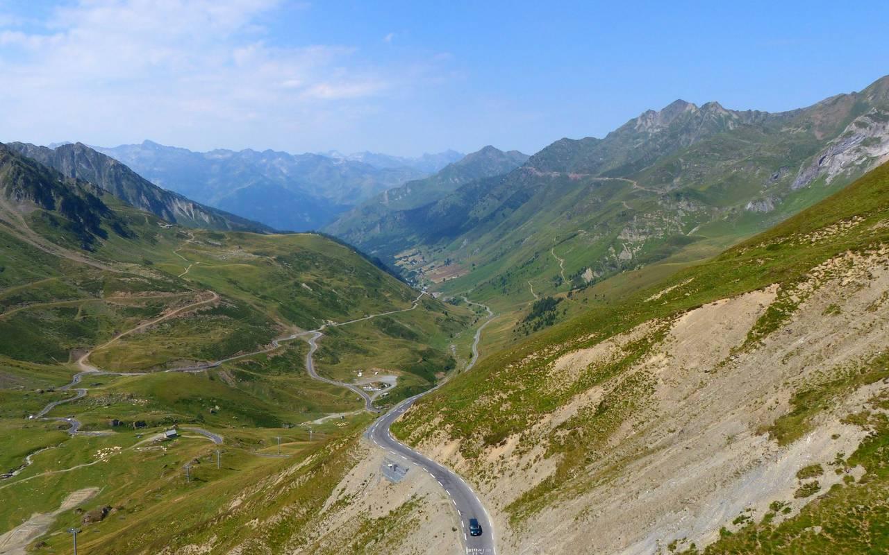 Landscape, cycling trip Pyrénées, Hôtel Gallia