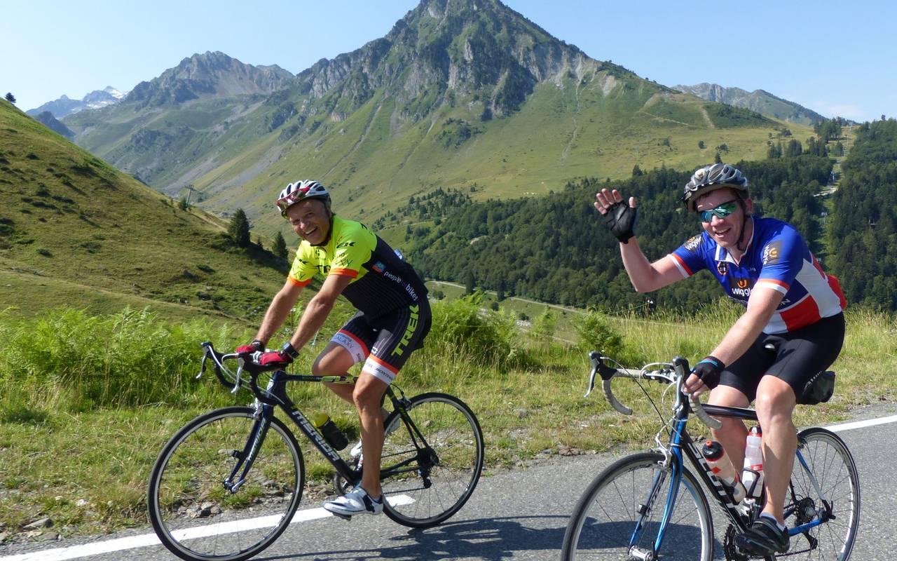 2 cyclists, cycling trip Pyrénées, Hôtel Gallia