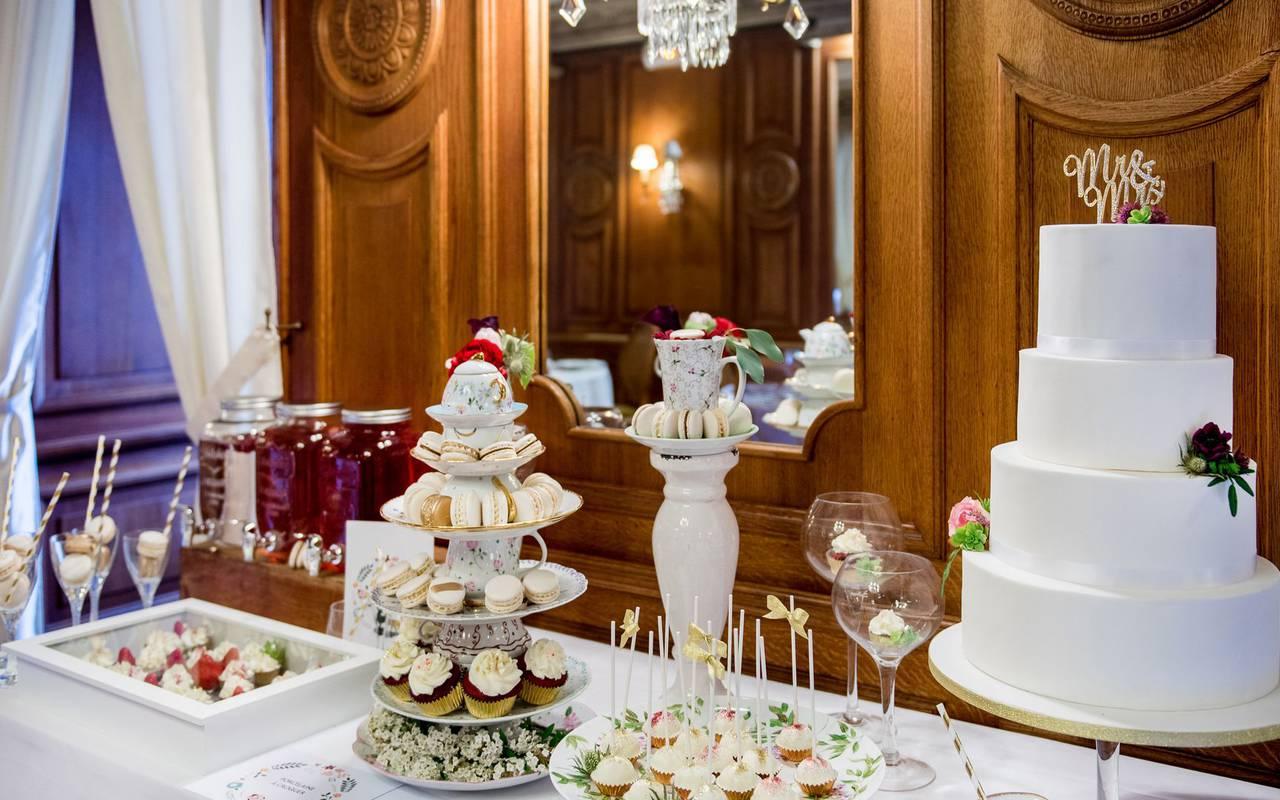Wedding meal, hotel restaurant Lourdes, Hôtel Gallia Londres