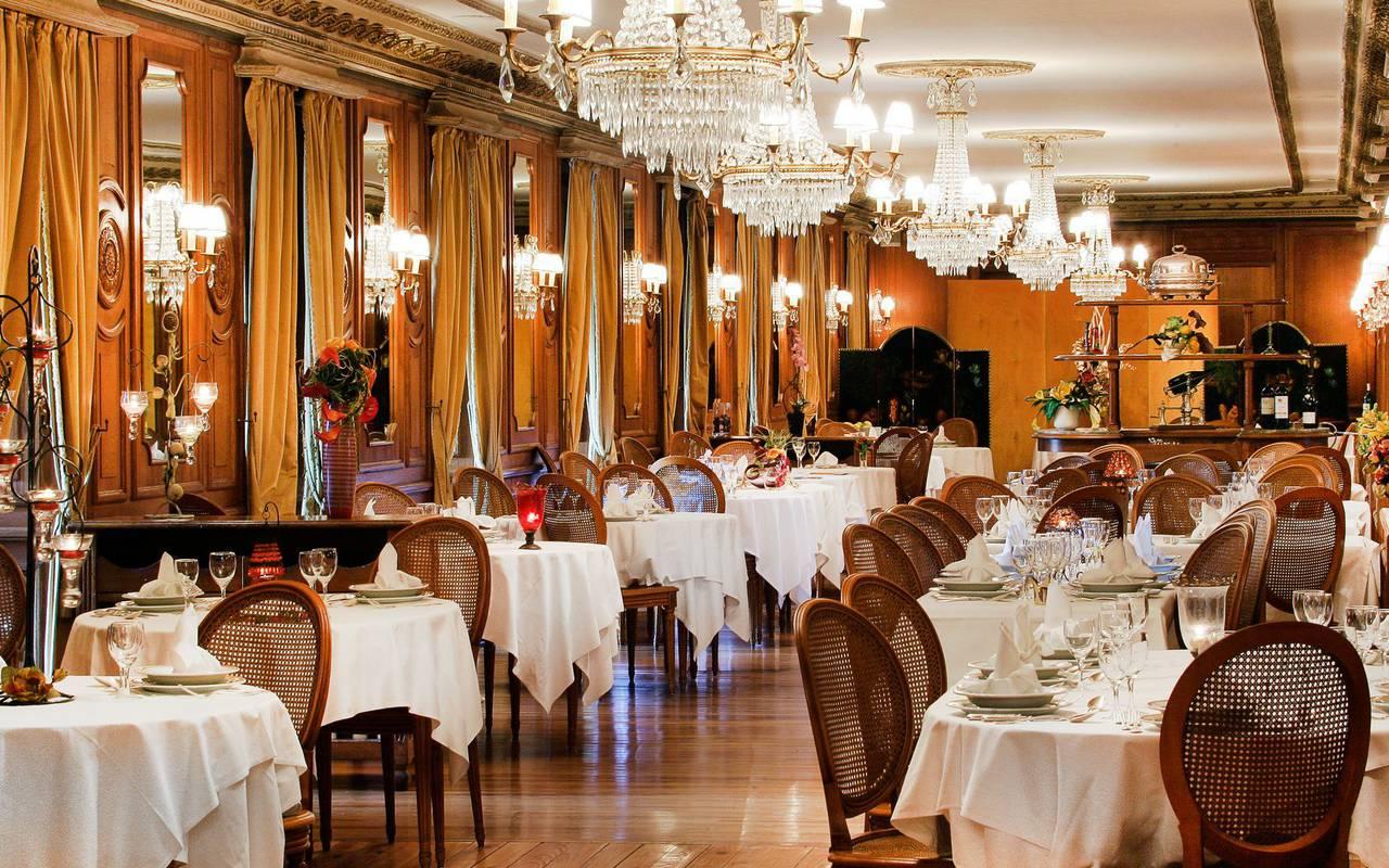 Restaurant room, hotel restaurant Lourdes, Hôtel Gallia Londres