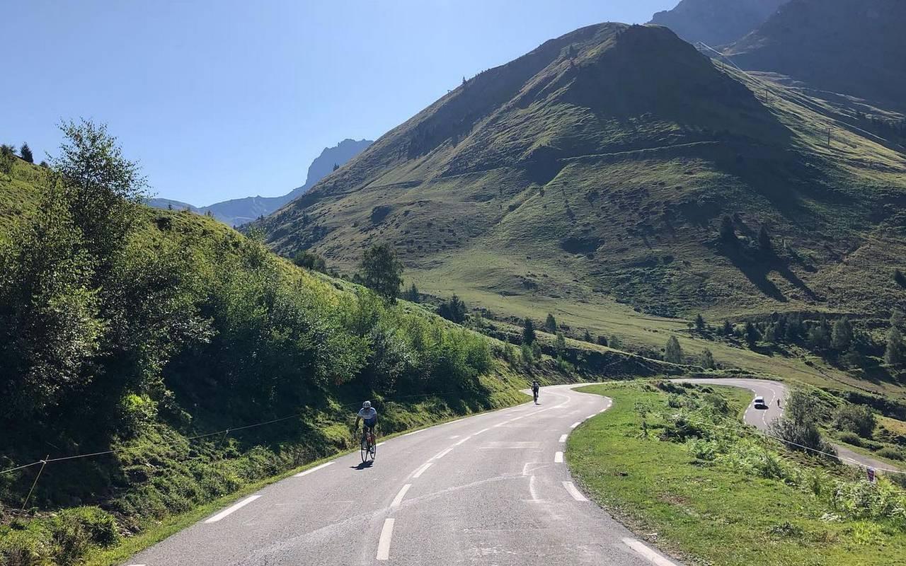 Randonnée à vélo, séjour montagne Pyrénées, Hôtels Vinuales