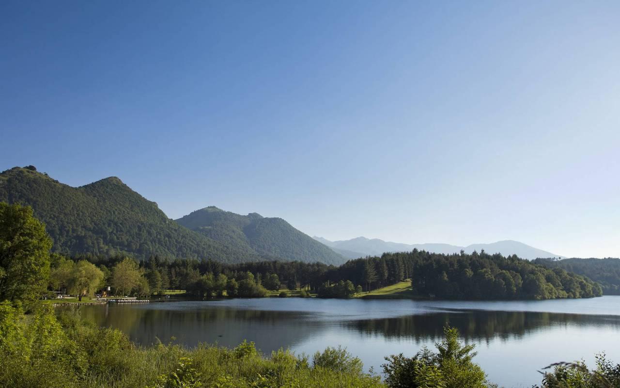 Superbe lac, séjour montagne Pyrénées, Hôtels Vinuales