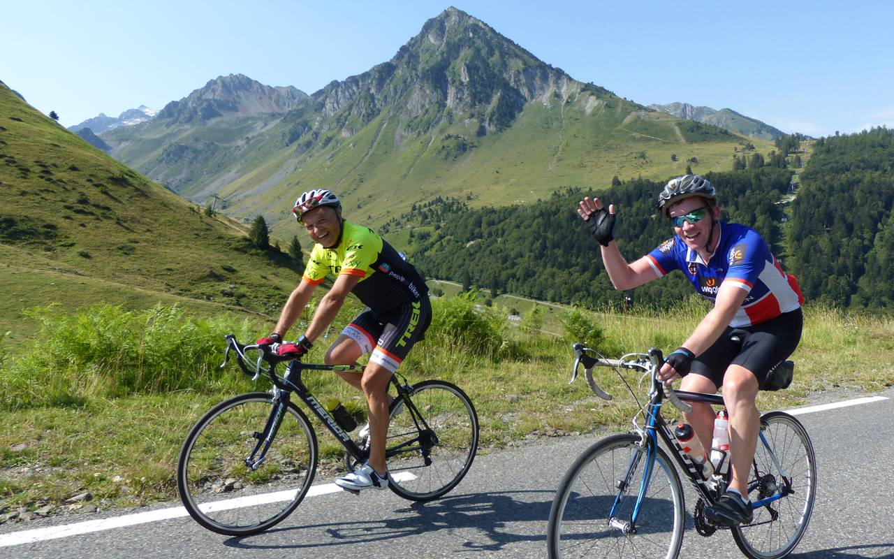 Cyclistes, hôtel spa Hautes Pyrénées, Hôtel Gallia Londres